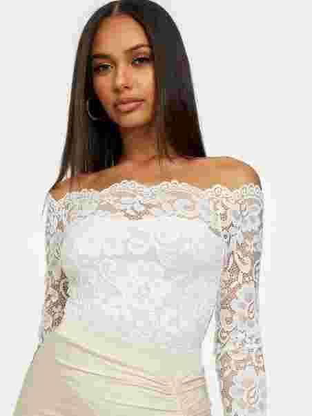 61e4b3599f4ab Off Shoulder Lace Body - Nly One - Offwhite - Tops - Clothing ...