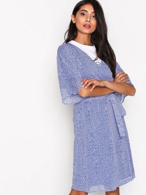 Billede af Gestuz Clover wrap dress Loose fit dresses Blue