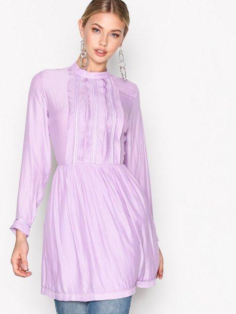 Billede af NORR Ina Dress Loose fit dresses Lilla