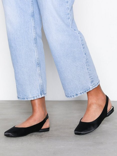 Bianco Back Strap Flat Shoe Sandaler Sort