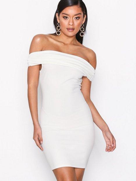 Billede af NLY One Bare Shoulder Dress Kropsnære kjoler Hvid