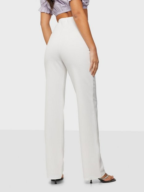 Straight Crepe Pant