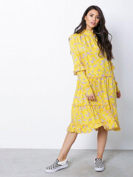 Billede af NORR Anastacia dress Langærmede kjoler Yellow
