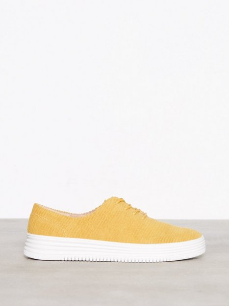 Bianco Laced Up Casual Shoe Low Top Mustard
