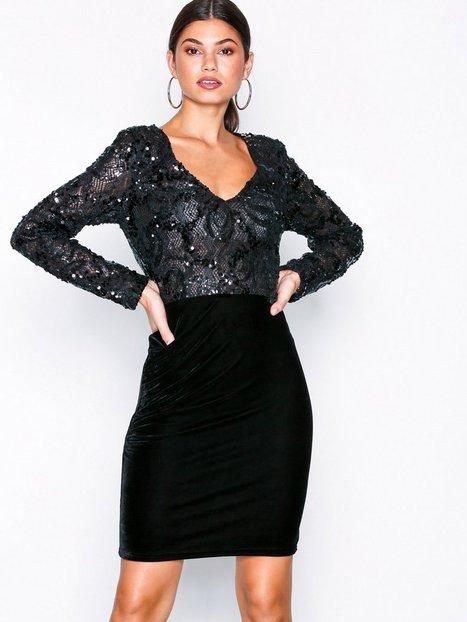 c7218edbf8b1 Billede af NLY Eve Sequin Lace Draped Dress Tætsiddende kjoler Sort