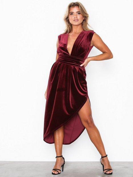 Billede af Honor Gold Haven Velvet Midi Dress Kropsnære kjoler Berry