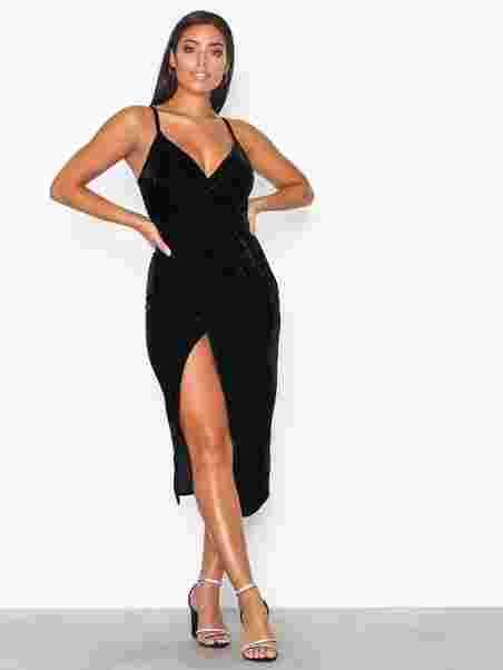 e7ffed66d434 Wrap Drape Velvet Dress - Nly One - Sort - Festkjoler - Tøj - Kvinde ...