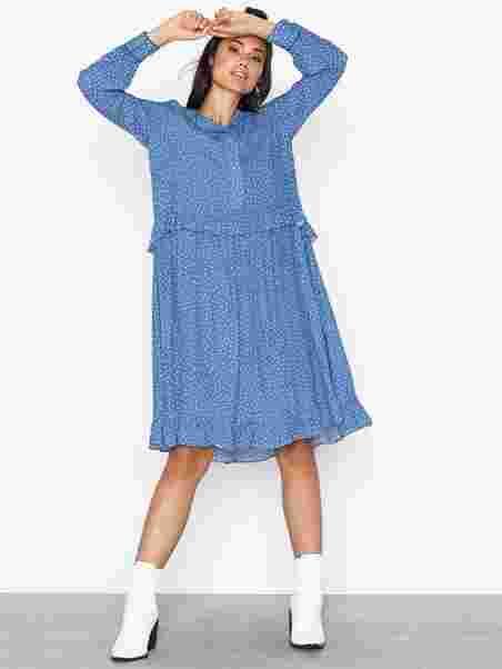 770d91ec Christie Dress - Norr - Blue - Dresses - Clothing - Women - Nelly.com