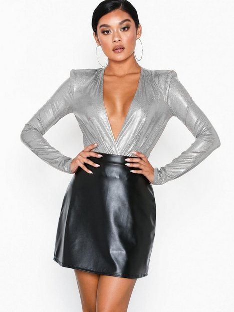 Billede af NLY One A-line Leatherlook Skirt Mini nederdele Sort