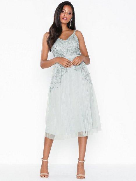 Billede af Maya Cami Embellished Midi Dress Pailletkjoler