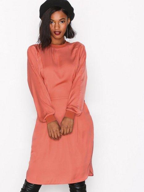 Billede af MOSS COPENHAGEN Dippi Dress Langærmede kjoler Faded Rose