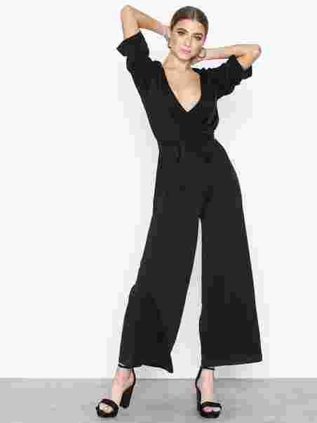 8a48c62b97e Chloe Jumpsuit - Moss Copenhagen - Black - Jumpsuits - Clothing ...