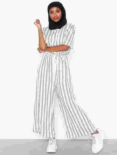 d8188cc21b2 Alana Jumpsuit Aop - Moss Copenhagen - Ecru - Jumpsuits - Clothing ...