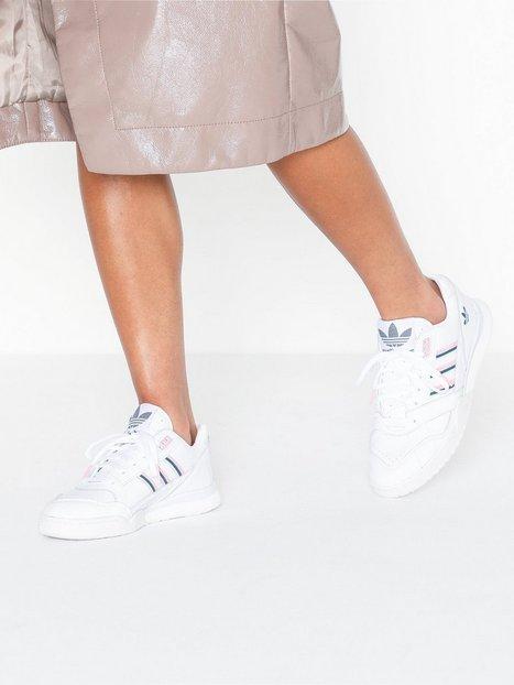 Billede af Adidas Originals A.R Trainer Low Top
