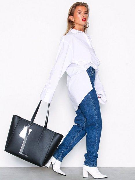 Billede af Calvin Klein Ck Base Large Shopper Håndtaske Sort