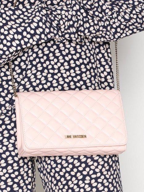 Axelremsväska Quiltad : Quiltad axelremsv?ska love moschino pink bags