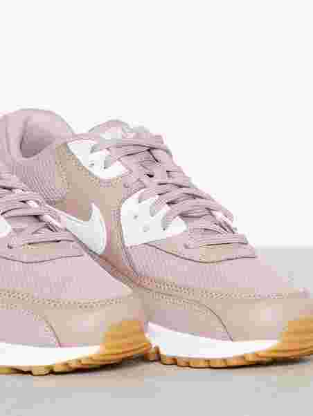 sports shoes c3706 d0704 Air Max 90 Woman. Nike
