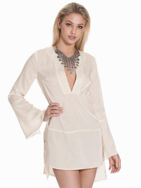 Billede af NLY Trend 70s V-neck Tunic Loose fit Benhvid
