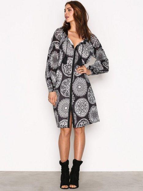 Billede af Replay W9334 000 71242 Dress Loose fit dresses Black/White