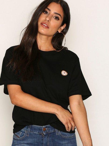 Billede af New Black Deuce Tee T-shirt Black