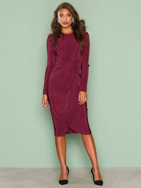 Padded Pleated Dress - Nly Trend - Burgundy