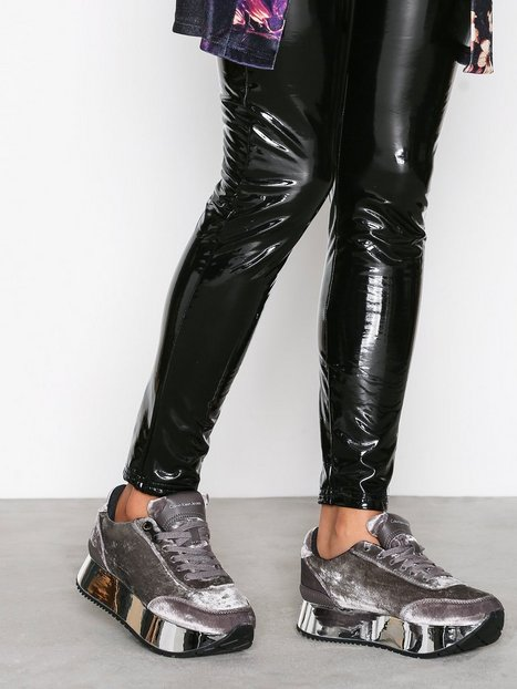 Billede af Calvin Klein Jeans Cate Velvet Low Top Sølv / sølv