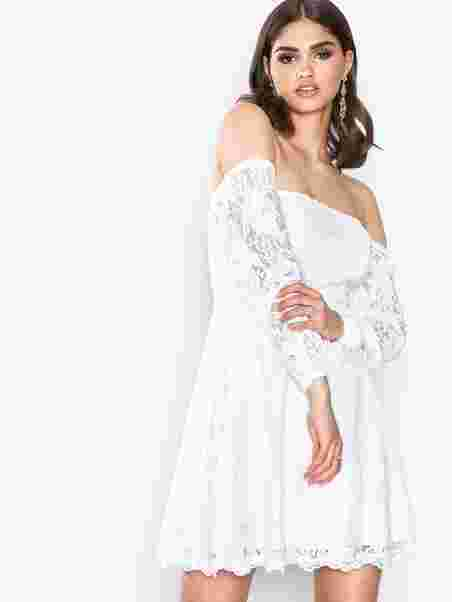 Off Shoulder Lace Dress - Nly Trend - Valkoinen - Juhlamekot ... 9ac41234f8