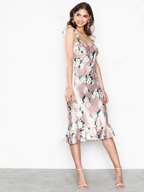 Billede af NLY Eve Low Frill Midi Dress Tætsiddende kjoler Blomstret