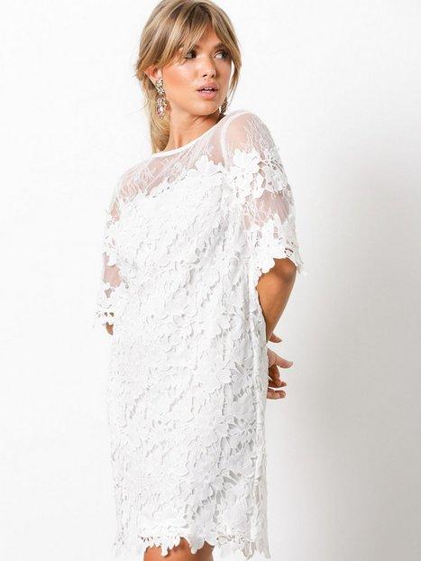 Billede af NLY Trend Crochet Loose Dress Loose fit Hvid