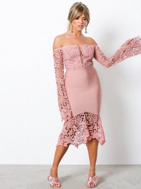 Billede af WOW Couture Lace Bell Sleeve Bandage Dress Kropsnære kjoler Dusty Pink