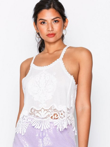 Billede af Kiss The Sky Delicate Touch Top Toppe White