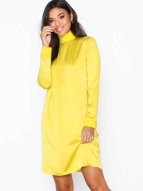 Billede af J Lindeberg Marina Washed Silk Loose fit dresses