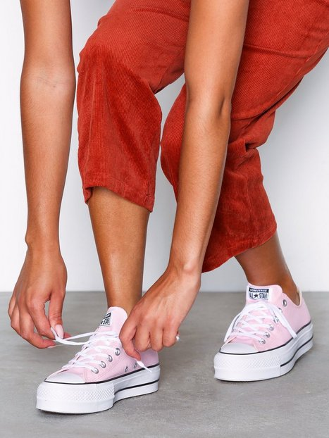 Converse CTAS Lift Ox Low Top Blush