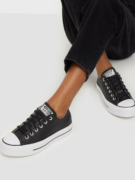 Billede af Converse Chuck Taylor All Star Lift Clean Ox Low Top Sort