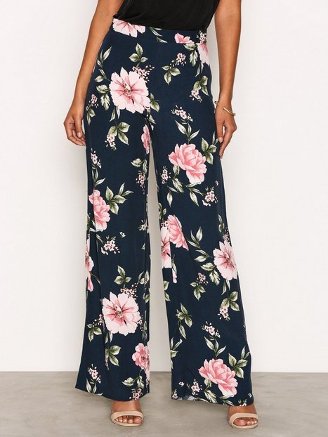 New Look Floral Wide Leg Trousers Byxor Blue thumbnail