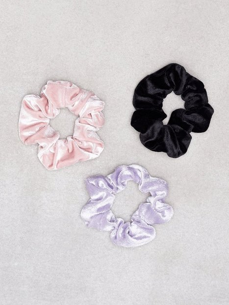 Billede af New Look 3 Pack Multi Coloured Velvet Scrunchie Hårtilbehør Multicolor