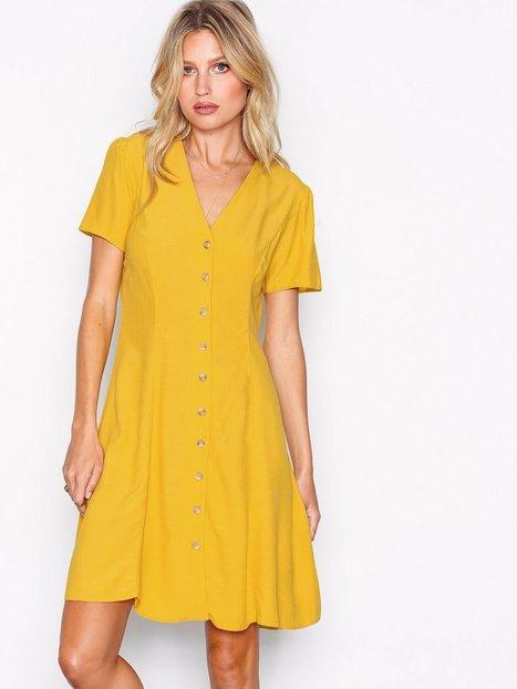 Billede af New Look Button Front Tea Dress Skater kjoler