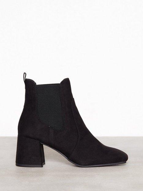 Billede af New Look Suedette Square Toe Heeled Chelsea Boots Boots Black
