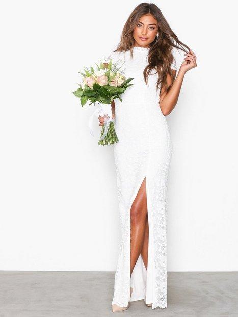 1be71420b242 NLY Eve Rose Lace Gown Tætsiddende kjoler Hvid