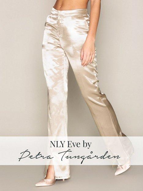Billede af NLY Eve Shaped Satin Pants Bukser & Shorts Champagne