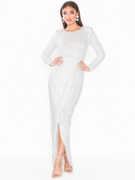 c7a8142de90d Billede af NLY Eve Padded Sequin Lace Gown Tætsiddende kjoler Hvid