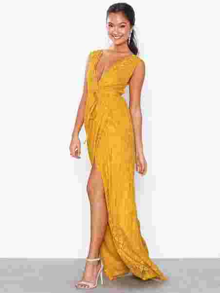 45b7b73d94c5 Shoppa Forever Lace Gown - Online Hos Nelly.com