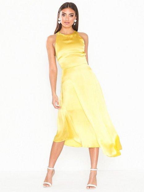 Billede af NLY Eve Assymetric Midi Dress Tætsiddende kjoler
