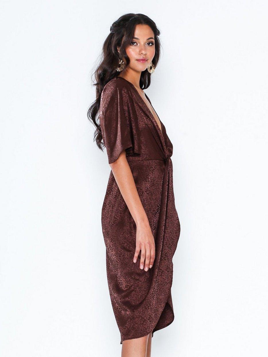 Köp NLY Eve Twisted Jacquard Dress | Festklänningar