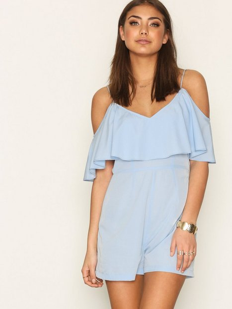 Billede af NLY Trend Frill Off Shoulder Play Suit Playsuits Blå