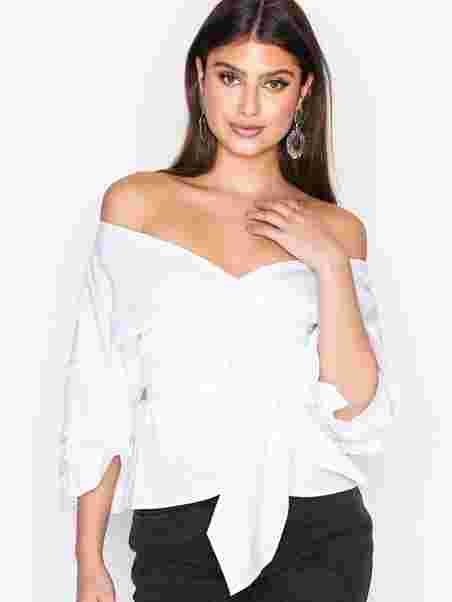 9784ae237023e7 Wrap Shoulder Blouse - Nly Trend - White - Blouses   Shirts ...