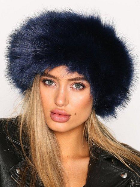 Billede af NLY Accessories Fur Headband Huer Mørkeblå
