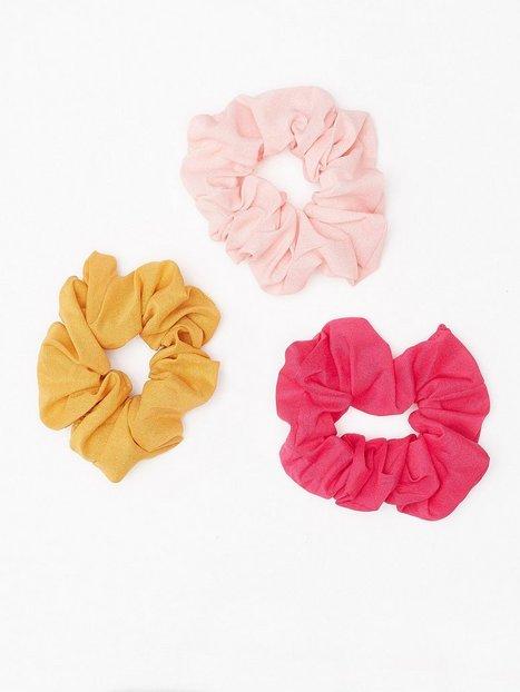 Billede af NLY Accessories Mixed Scrunchie 3-pack Hårtilbehør Gul / Rosa