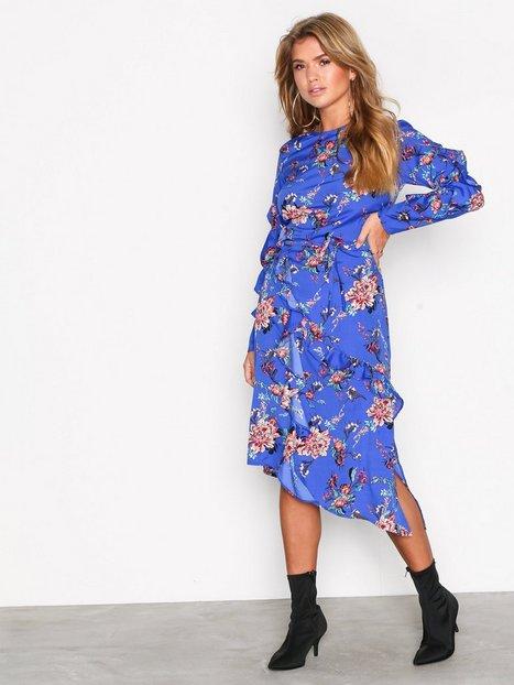 NLY Trend Follow Me Frill Dress Pitkähihaiset mekot Sinikuviollinen thumbnail