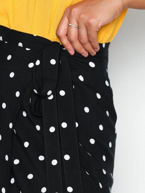 Wrap Me Skirt